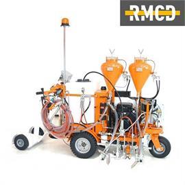 CMC AR100 - bezvzduchový stroj na značení silnic s hydraulickým pohonem a pístovým čerpadlem