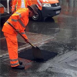 Straßenreparatur