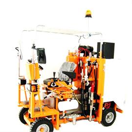 CMC AR 180 - Road marking machine with different configuration possibilities