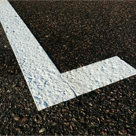 Line marking with thermoplastics