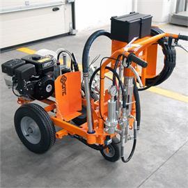 CMC AR 30 Pro-P-G H - Fordított airless útburkolat-jelölő gép dugattyús szivattyúval 6,17 L/min és Honda motorral