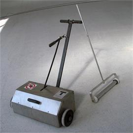 TSR-80 - spazzatrice magnetica