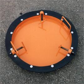 Placa de fechamento de bueiros para bueiros com diâmetro interno de aproximadamente 700 mm
