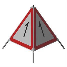 Triopan Standard (același pe toate cele trei fețe)  Înălțime: 90 cm - R1 reflectorizant