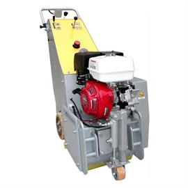 Vytyčovací stroj TR 300 I/4 s benzínovým motorom a hydraulickým pohonom